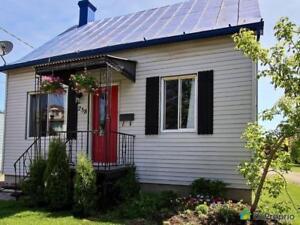 249 900$ - Maison 2 étages à vendre à Beauharnois (Beauharnoi