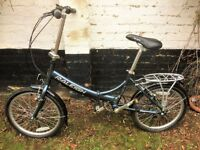 Raleigh EVO-7 folding bicycle. excellent condition, ideal foldable bike for commuters/country jaunts
