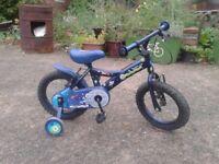Children's 12 inch Boys Apollo Moon-Man Bike with Stabilzers in VGC