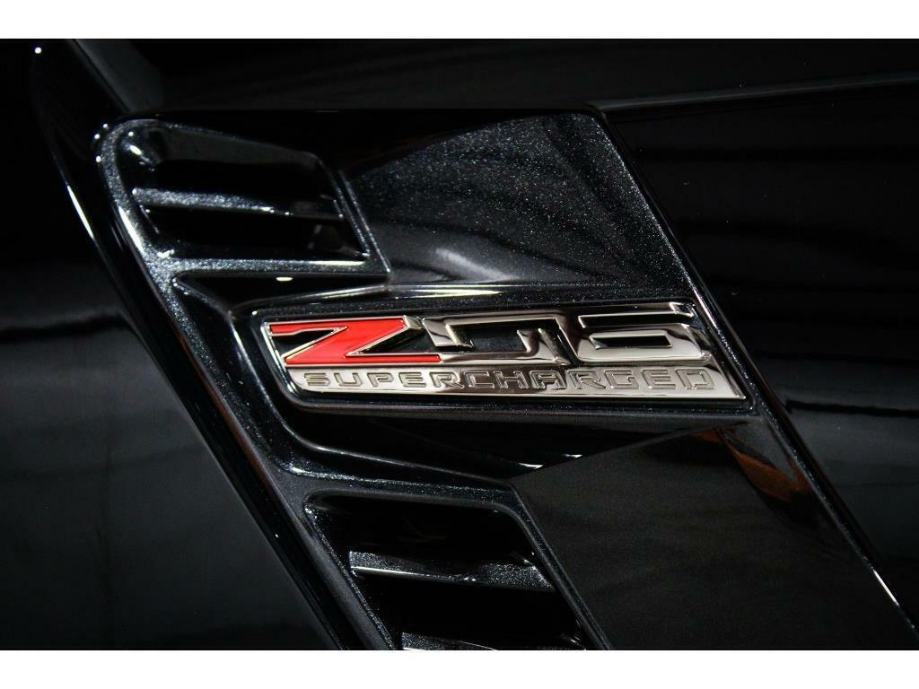 2016 Black Chevrolet Corvette Z06 3LZ   C7 Corvette Photo 10