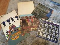 Beatles vinyl's x6 (The beatles,AbbeyRoad,Help,Ahard days night, Yellow Submarine, Lonley hearts)