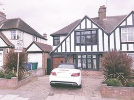 AVAILABLE NOW!! Modern 4 bedroom house to rent on Glendale Avenue, Edgware, HA8 8HQ