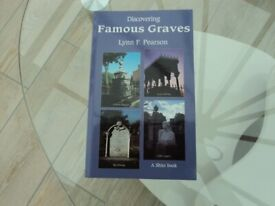 BOOK 'FAMOUS GRAVES'.