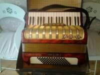 Hohner arietta accordion llm straps and case