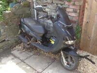 2002 Peugeot Elyseo 100cc moped £100