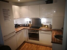 Flat share 2 bed 2bath apartment in centre of St Albans
