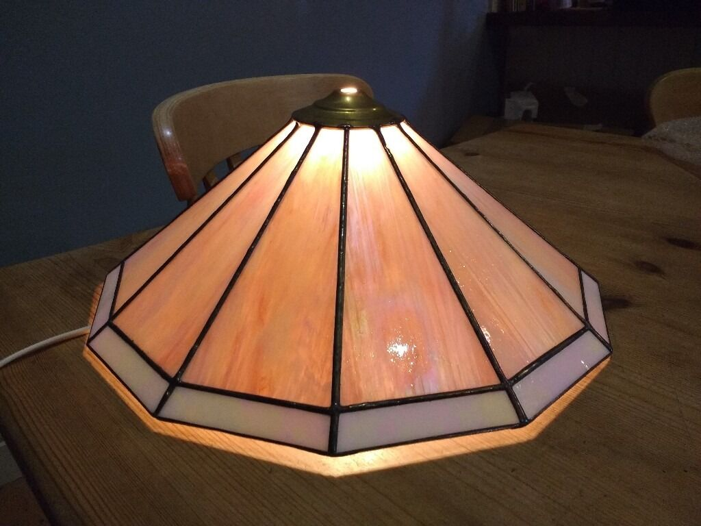 Quality Stained glass lamp shade. Can be used on a table lamp or as a hanging shade