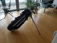 Beginner set of golf clubs and golf bag