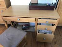 Oak desk & chair £45.00