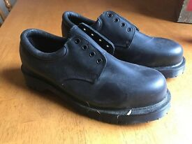 "MENS BLACK LEATHER DR MARTENS ""ROYAL MAIL"" SAFETY STEEL TOE SHOES"