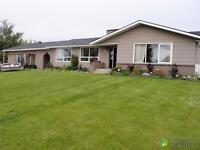 $275,000 - Bungalow for sale in Cardston