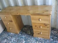 SOLID PINE 6 DRAWER DRESSING TABLE / DESK. KNEE HOLE STYLE. VIEWING/DELIVERY AVAILABLE