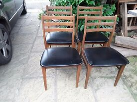 Set of 4 Retro Dining Chairs Black Faux Leather Seats