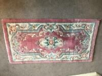 100% Wool Pink Chinese Rug L49in/125cm W25.5in/65cm Good condition R95