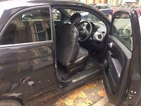 Black Fiat 500 Sport