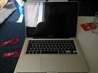 Apple MacBook Pro 13 i5 / 8Gb / Sierra 10.12