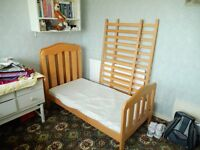 Pine Cot/bed