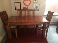 Solid Oak Dining Table with 4 matching chairs - excellent condition (pick up only)