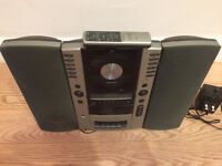 Amtrad CD/ Radio/ Tape system with detacheable speakers