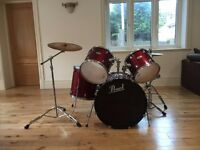 Pearl Forum Series Drum Kit with hardware and cymbals