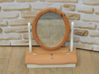 Compact dressing mirror with storage (Delivery)