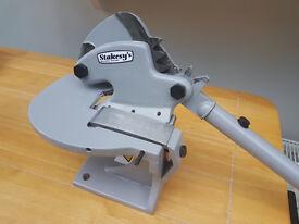 Throatless Bench Shear For Cutting Sheet Metal