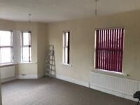 2 bed flat, newly decorated in north leamington