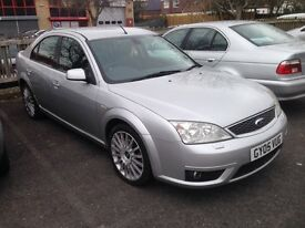Ford Mondeo ST years MOT fsh sat nav dvd player heated seats top of range cheap to clear 2005