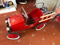 Vintage Childs Metal Pedal Fire Engine Car. FREE DELIVERY. Classic, Retro, Antique, Childrens Toy
