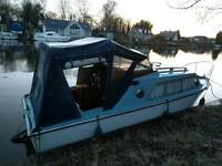 River Cruiser / Canal / Cabin boat / Needs TLC *BARGAIN* Ready to use