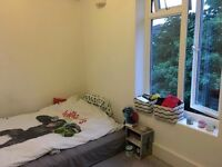 Double room to rent in surbiton