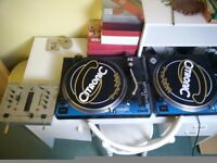2x Citronic PD-1 turntables + Behringer dx100 mixer, 1 turntable not working