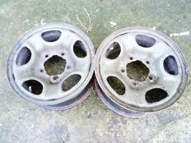 Land rover steel wheels x2