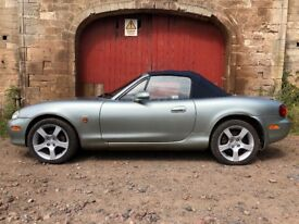 2 x mk 2 Mazda MX 5 - 1 mot'd the other a project 1600 cc and 1800 cc