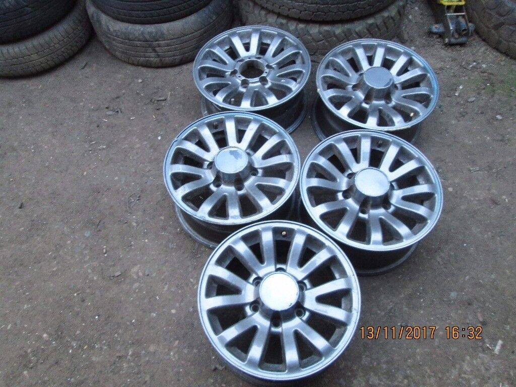 """Set of 5 Alloy Rims removed from a Isuzu Trooper 16"""""""