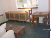1 bedroom flat in Alperton, Wembley, HA0 (1 bed) (#999618)