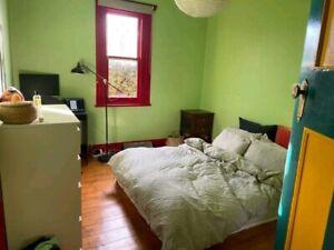 Room for rent. Brunswick