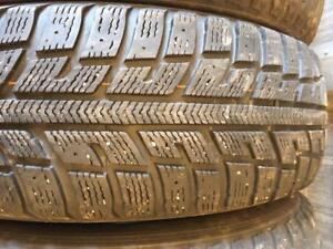 4 pneus d hiver 185/65r15 kumho