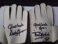 Rangers - Andy Goram Signed Gloves
