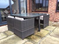 Cube Ratten garden furniture with 4 chairs
