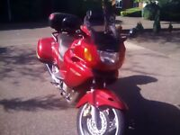 Honda Deauville nt650v red 2001 Low mileage