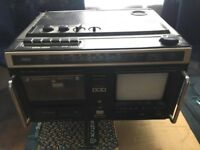 WORKING Old School Hitachi Boombox / Portable TV / Radio Retro Set Design Prop Cool 80's