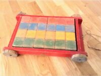 Vintage Tri-ang Wooden pull cart: by Line's Bros. 50's / 60's.