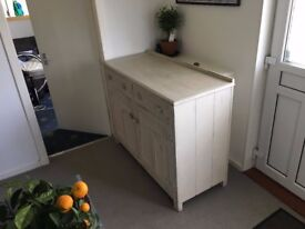 hand painted oak dresser in beautiful condition for sale
