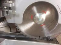Metabo kgs216m laser slide 216mm compound mitre saw