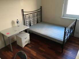 3 Rooms Same Flat SE8. Walk to Canada Water Tube in 15 minutes