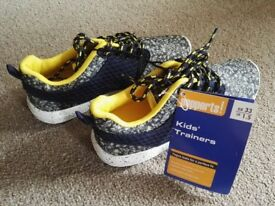 Brand new Kids' Trainers Size: UK 1.5 EUR 33