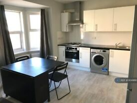 2 bedroom flat in Southampton Street, Reading, RG1 (2 bed) (#804968)