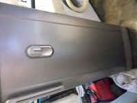 samsung large fridge with small freezer(freezer missing door)