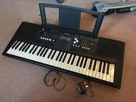 Yamaha E333 Keyboard